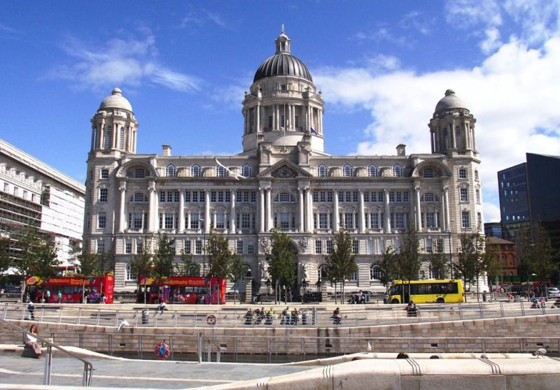 Liverpool guided tours photo of Liverpool waterfront